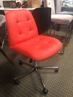 Red office chair for Sale in Alexandria, VA
