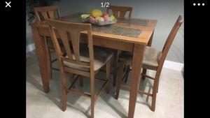 Photo Dining set Wood and Stone 48 x 36 x 36, Expandable. Juego de comedor de madera y piedra, Expandible. 48 x 36 x 36.