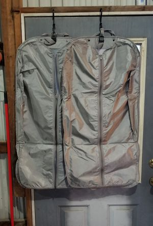 2 Garment travel bags for Sale in St. Louis, MO