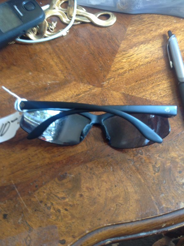 5b299cf52e Oakley styled sport glasses polarized UV protected. No brand. (Jewelry    Accessories) in Moreno Valley