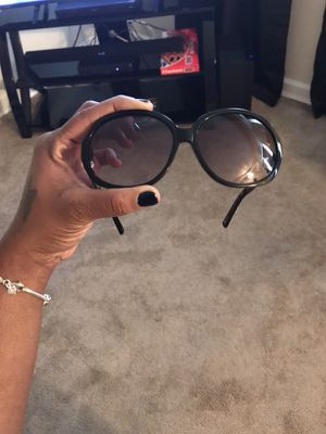 Chanel sunglasses for Sale in Temple Hills, MD