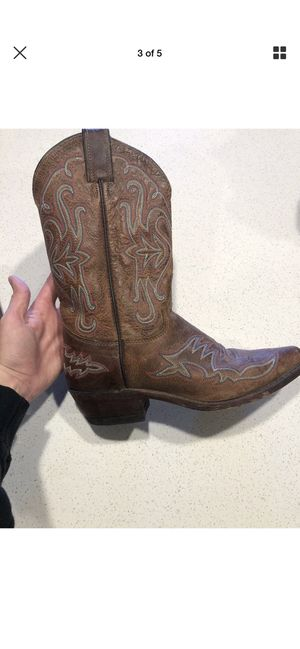 fe341ede16d New and Used Boots women for Sale in Renton, WA - OfferUp