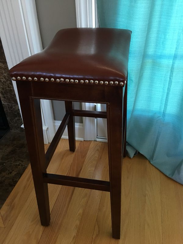Reddish Brown Leather Bar Stools Furniture In Knightdale