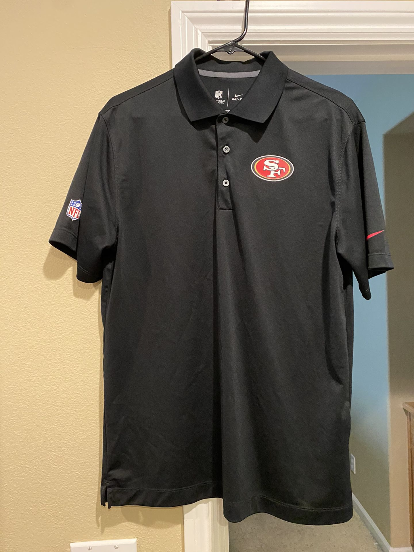 New 49ers Polo Size M