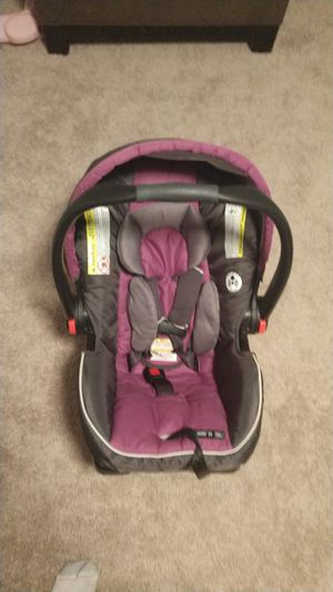 Infant Car Seat Graco For Sale In North Haven CT