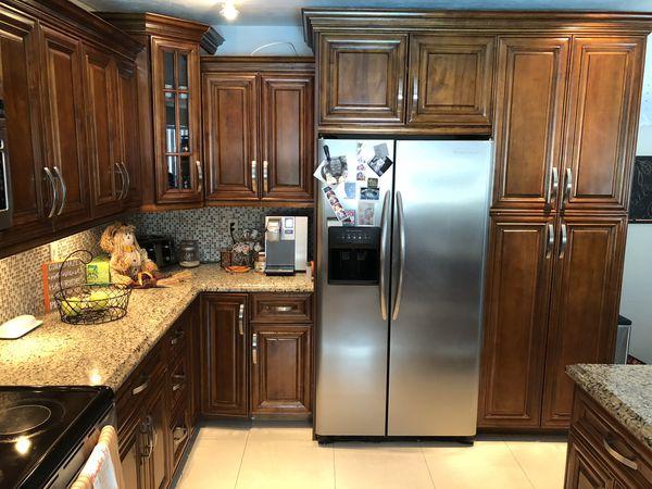 Used Kitchen Cabinet Lights Appliances Sink