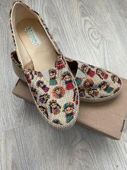 Zapatos de frida Thumbnail