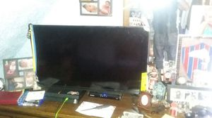 Vizio 42 FLAT HDTV 1080 for Sale in Boston, MA
