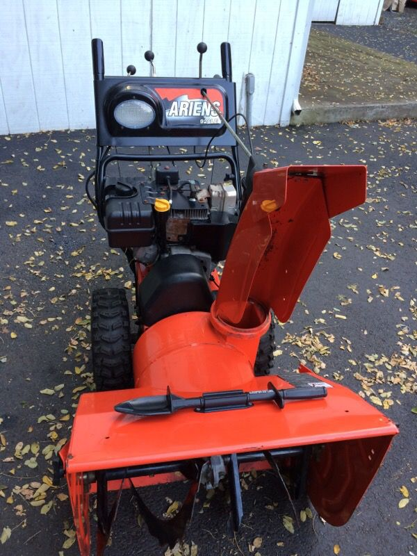 Ariens 926 Le Snowblower For Sale In Haverstraw Ny Offerup