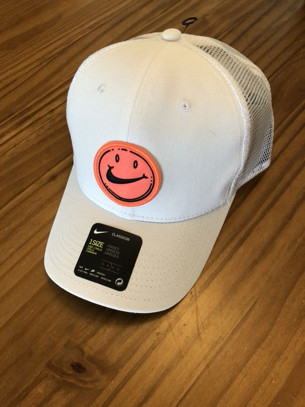 Have a Nike day hat for Sale in Richmond c0d10da5deb