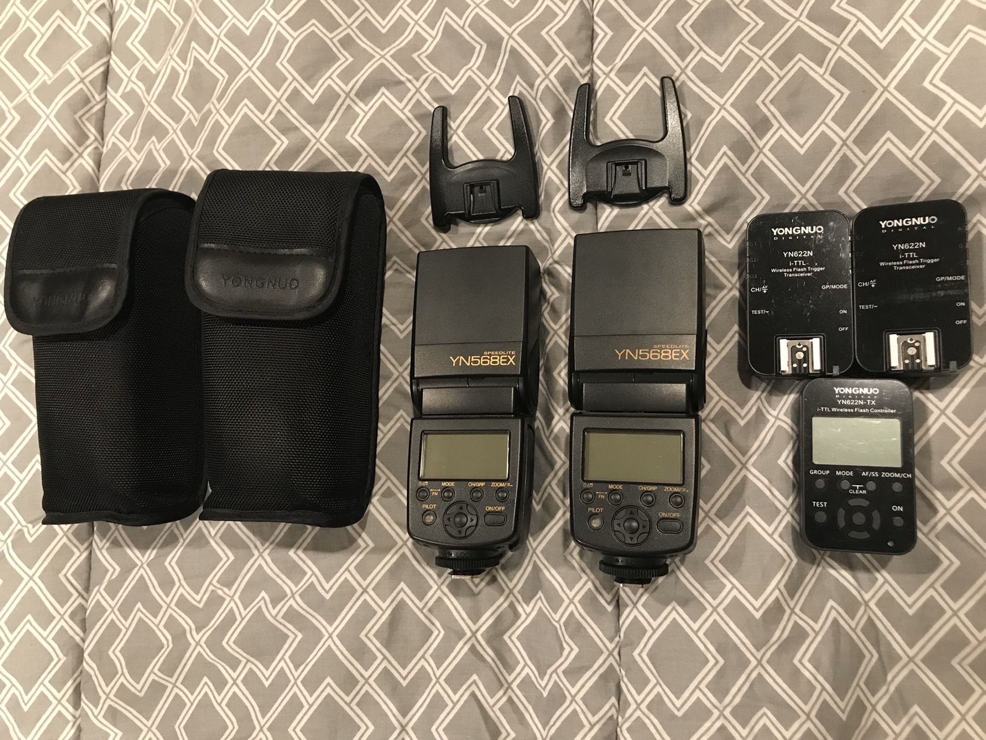 Yongnuo flashes (2), triggers (2), and controller