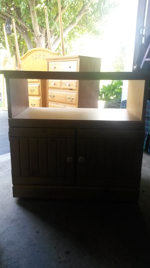 Like new solid wood TV stand for Sale in Silver Spring, MD