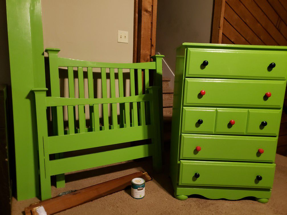 Twin Bed Set With Dresser