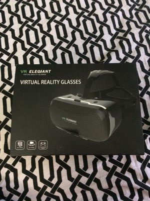 Virtual reality glasses for Sale in Frederick, MD