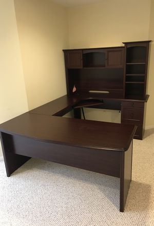 Office desk - almost new for Sale in Ashburn, VA