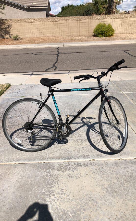 Schwinn CrissCross 21 Speed Bike for Sale in Euless, TX