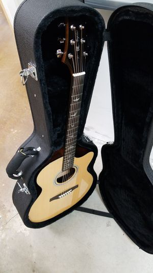 Acoustic Guitar- SE for Sale in Orlando, FL