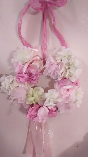 Pink floral wreath for Sale in Festus, MO