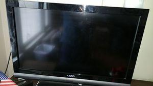 """Very good condition Vizio 32"""" TV HDMI for Sale in San Francisco, CA"""