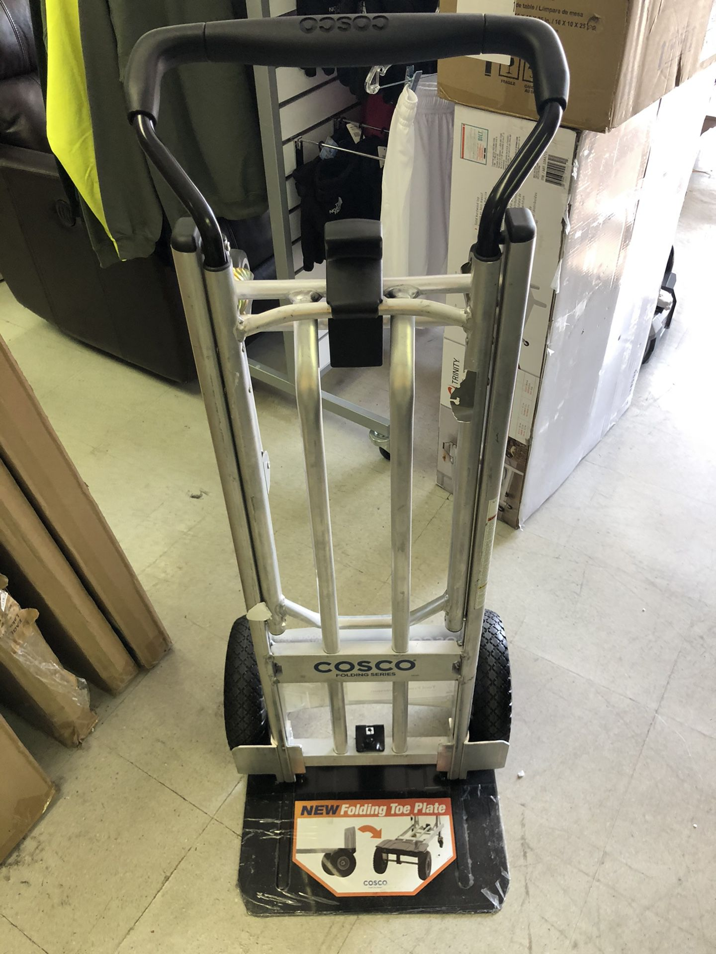 New 1000 lb capacity cast on 3 in one aluminum dolly .