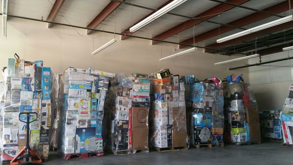 WALMART AND TARGET PALLETS FOR SALE for Sale in Garland, TX - OfferUp