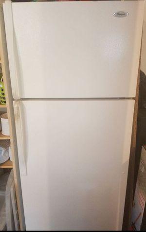 18'cu. Whirlpool refrigerator-freezer for Sale in Bethesda, MD