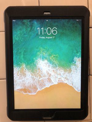 iPad 5 32GB for Sale in Burbank, CA