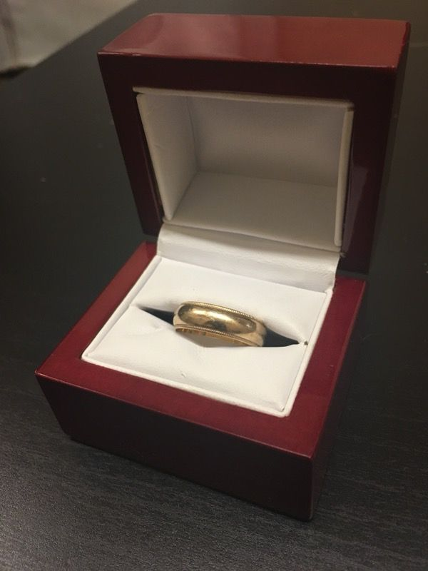 14k Gold Ring weighs 5 grams for Sale in San Francisco, CA - OfferUp