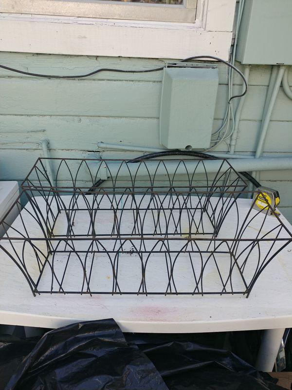 Wire flower basket set 24 \