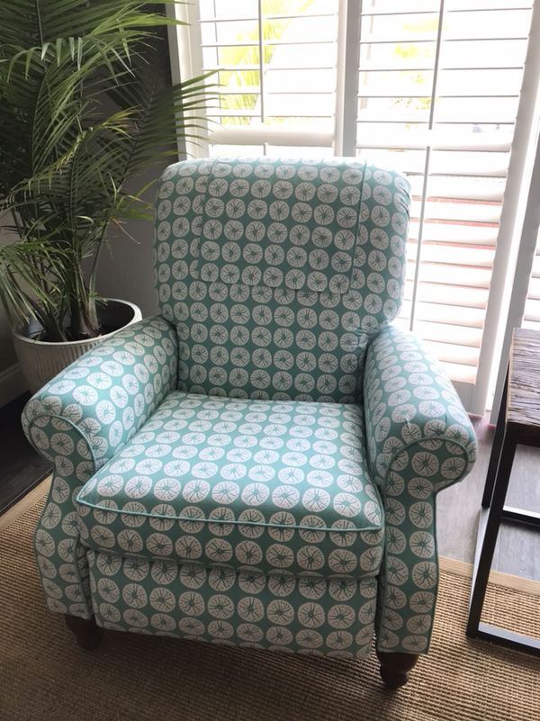 2 coastal recliner chairs for sale for sale in palm beach gardens