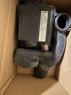 Photo Oem used 99-06 Chevy Silverado /gmc Sierra air intake assembly fits 4.8/5.3/6.0 engines