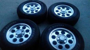 Photo Wheels and tires 17 6 lug Tacoma