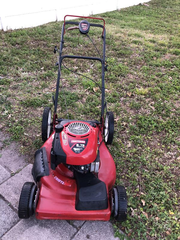 Craftsman 6 75 horse power, 190cc 22inch cut self propelled, high rear  wheels e-z walk lawn mower lawnmower NICE ! for Sale in Pinellas Park, FL -