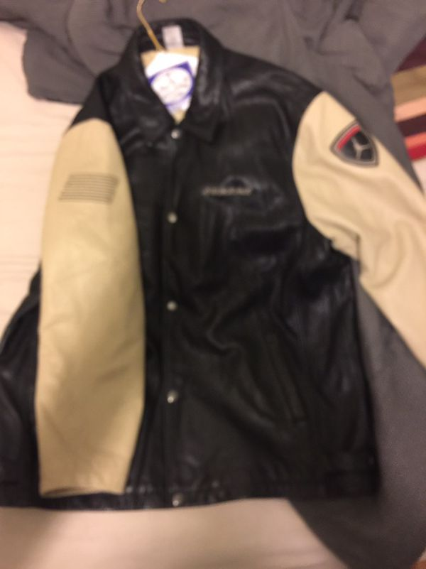 22b9468fd47 Vintage Nike air Jordan leather jacket for Sale in Chicago, IL - OfferUp
