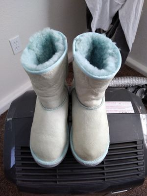 UGG Boots for Sale in Fresno, CA