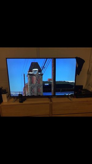 """Vizio 43"""" Smart TV for Sale in Pittsburgh, PA"""