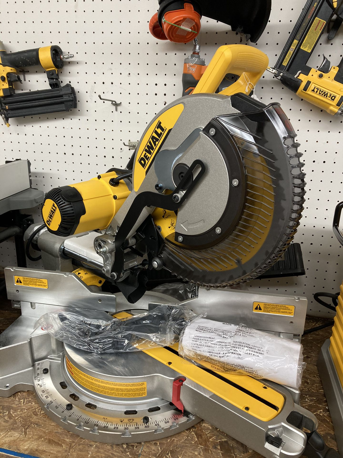 DEWALT 15 Amp Corded 12 in. Double Bevel Sliding Compound Miter Saw, Blade Wrench & Material Clamp