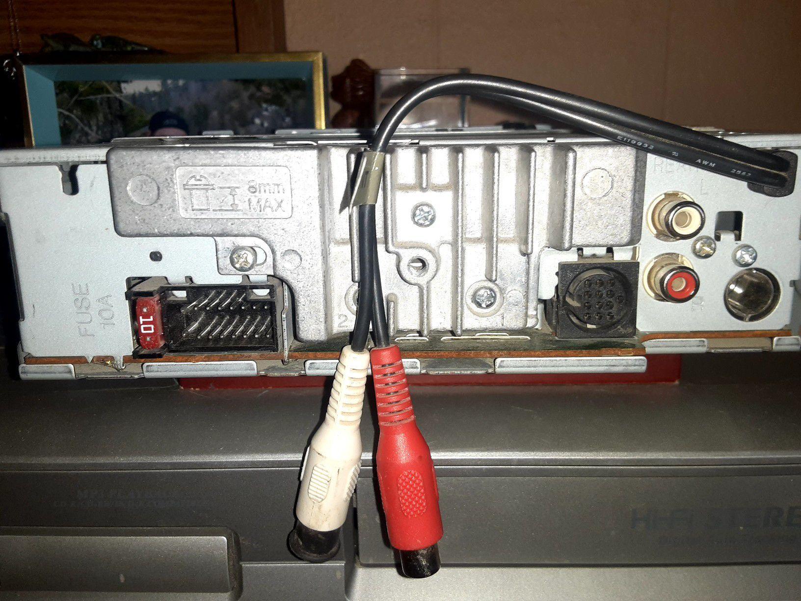 Kenwood KDC-3028 CD player