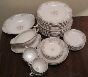 Syracuse Fine/Antique China Set for Sale in Dunmore, PA
