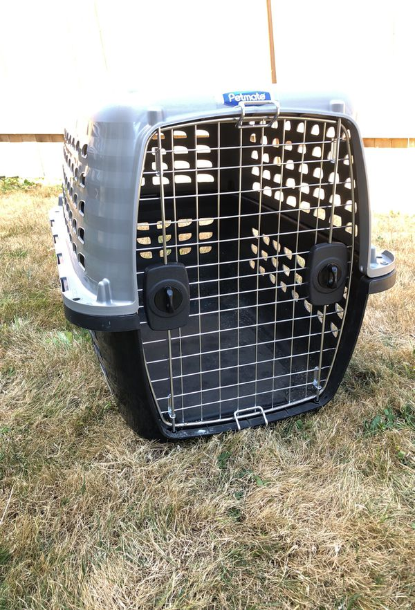 258ff9e1a507 Pet Crate/Kennel: Petmate Navigator Plastic Kennel, Medium - Like New,  slightly used for Sale in Bothell, WA - OfferUp