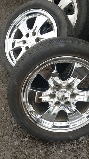 Photo 20 inch Chevy 6 Lug 275x45x20