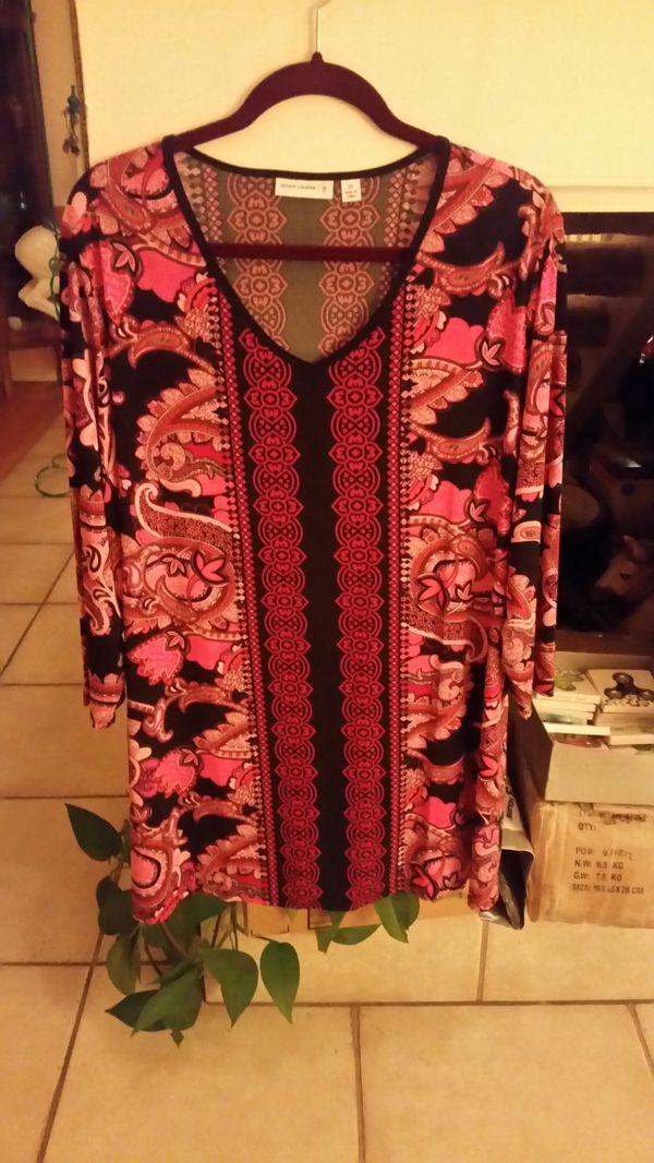 2054809f43d7ab ... Susan Graver blouse Clothing   Shoes in Phoenix AZ OfferUp
