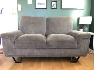 Loveseat couch / sofa for Sale in Los Angeles, CA