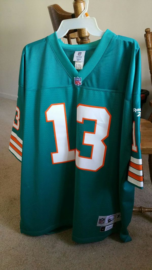watch d4dd3 22a26 XL Vintage Throwback Dan Marino Jersey for Sale in Manchester, CT - OfferUp
