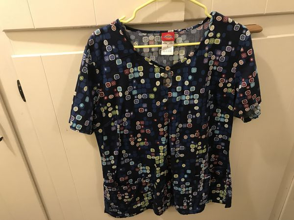 2a68b2344de Scrub tops hardly worn ! Good condition both dickies! $5 each pick up only  !!