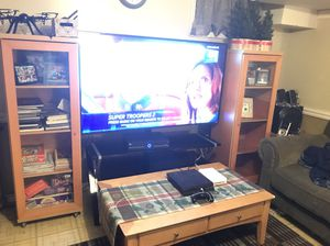 Furniture Set ( 2 bookshelves, 2 end tables, 1 coffee table) for Sale in Fort Washington, MD