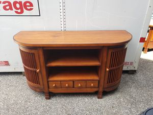 Photo 3 pc living room set TV stand, coffee table end table