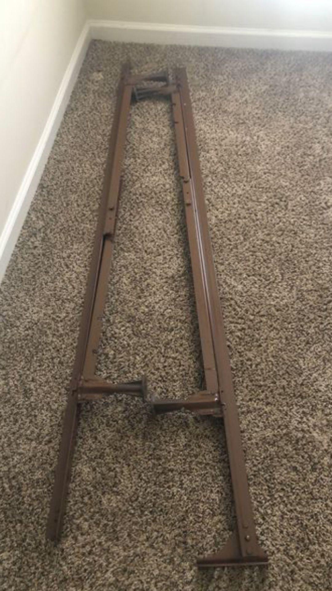 Twin rails