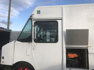 18 1/2 feet Food truck GMC for Sale in Falls Church, VA