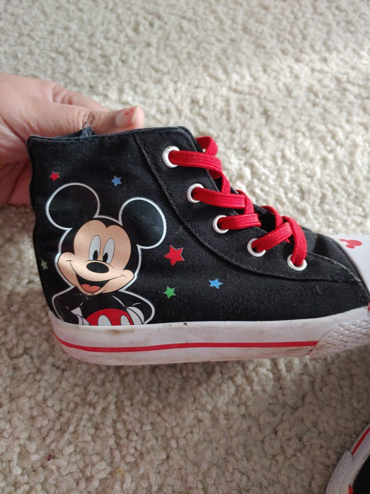 Disney Mickey Mouse Canvas Shoe Size Toddler 10
